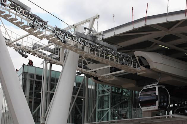 Work Continues On London's First Cable Car
