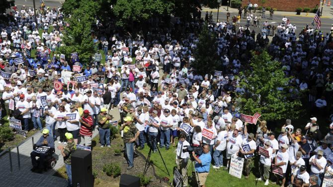 Hundreds of miners protest Patriot bankruptcy