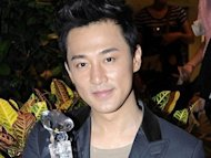 Raymond Lam had flash wedding?