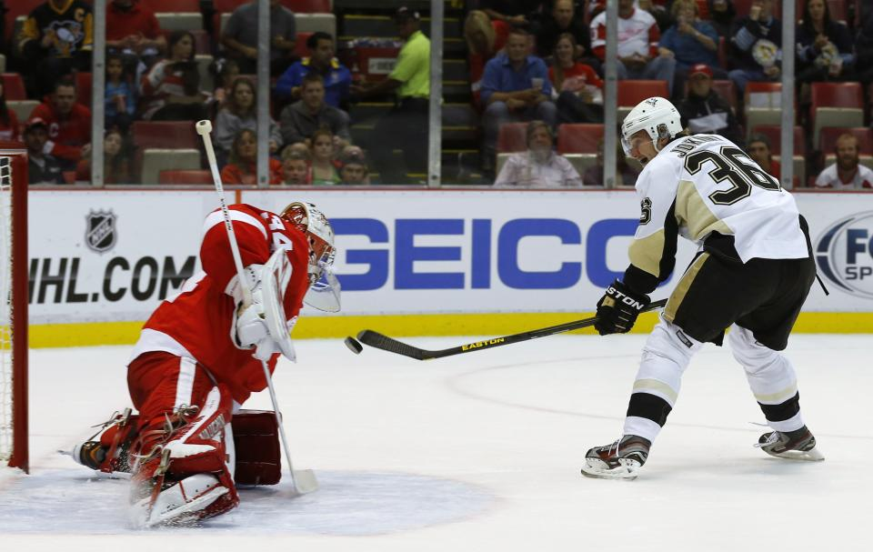 Kunitz leads Penguins to 5-1 win over Red Wings