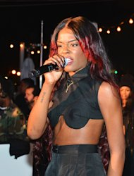 Azealia Banks Accuses Stone Roses of Sabotage in Twitter Rant