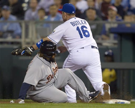 Royals rally past AL Central champion Tigers, 4-2