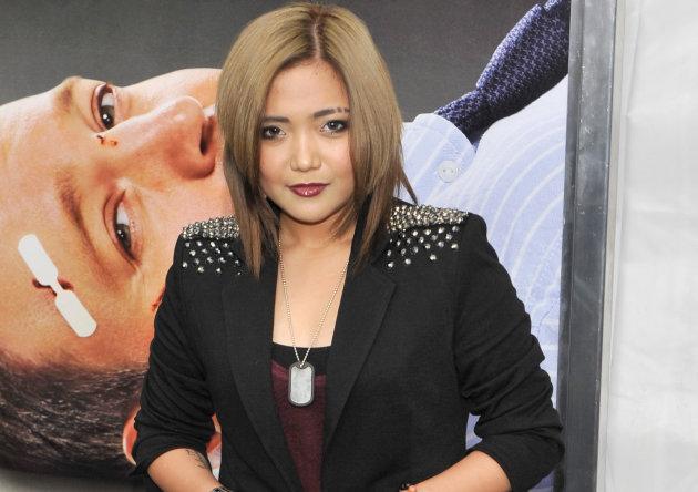 12/10/12 - Yahoo! Philippines OMG - Charice admits she's in love Charice630getty-jpg_050556