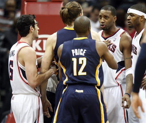 Josh Smith scores 28, Hawks beat Pacers 97-87