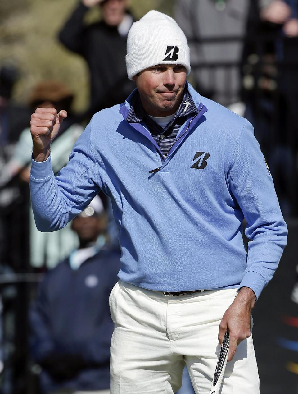 Matt Kuchar reacts after sinking a putt on the 12th green in the final round of play against Hunter Mahan during the Match Play Championship golf tournament, Sunday, Feb. 24, 2013, in Marana, Ariz. Kuchar won 2 and 1. (AP Photo/Julie Jacobson)