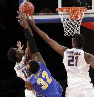 Spradling makes FTs down the stretch, K-State wins