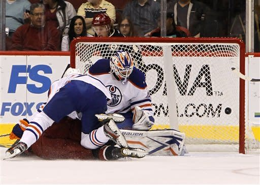 Coyotes beat Oilers 4-2 to end 3-game slide