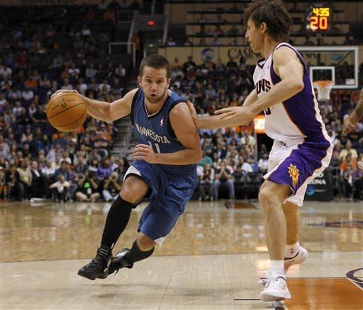 Love helps Timberwolves outlast Suns, 127-124