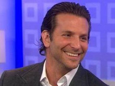 Bradley Cooper Tells 'Everybody' He's De Niro's Friend