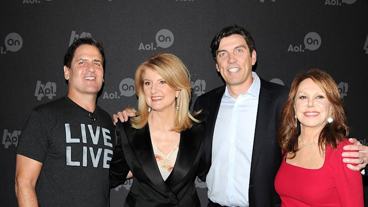 "Entrepreneur Mark Cuban, from left, Huffington Post president Arianna Huffington, AOL CEO Tim Armstrong and actress Marlo Thomas, right,  attend AOL's web series ""NewFront"" at Moynihan Station on Tuesday April 30, 2013 in New York. (Photo by Evan Agostini/Invision/AP)"