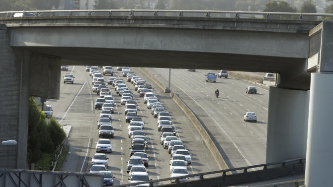 Interest in carshare apps surges after BART strike