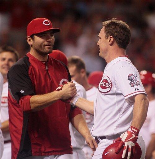 Bruce's home run in 9th lifts Reds over Mets 3-0