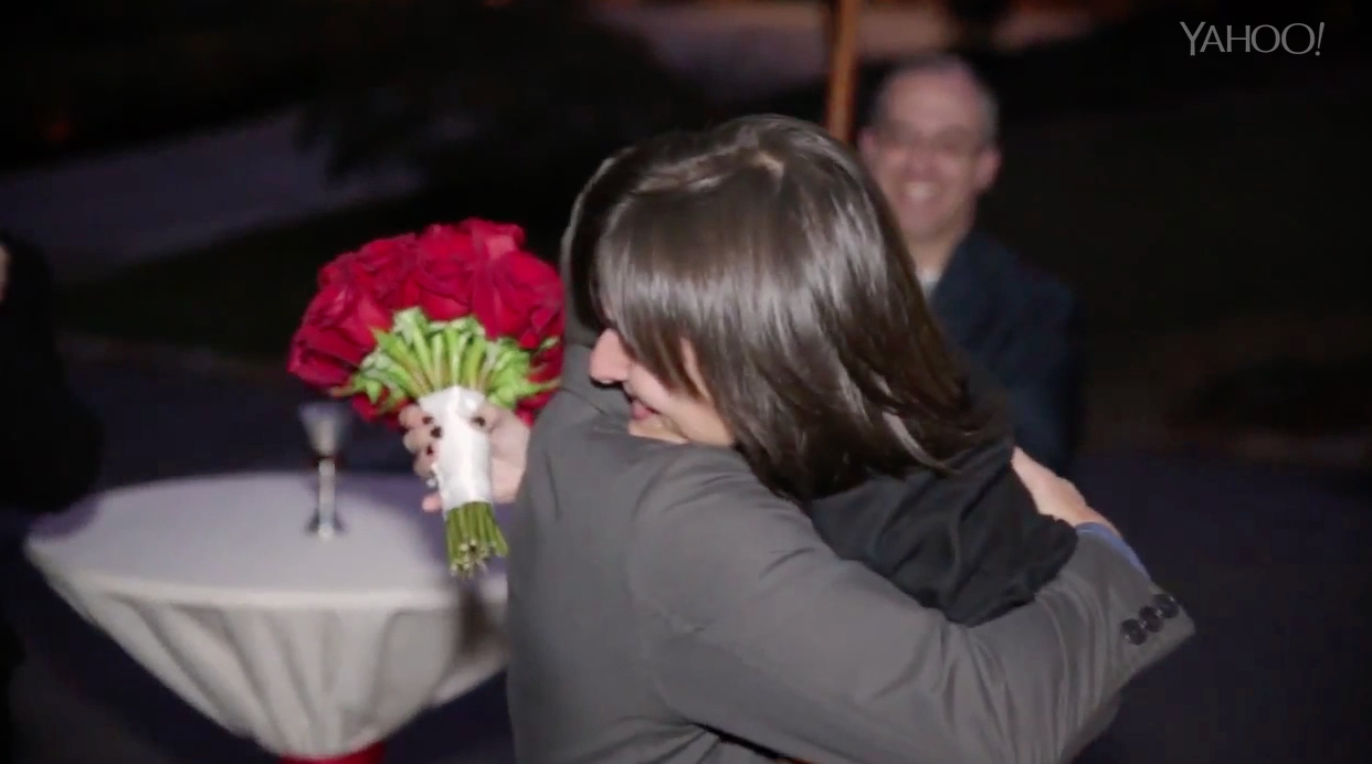 Man plans incredible surprise second wedding for wife on anniversary