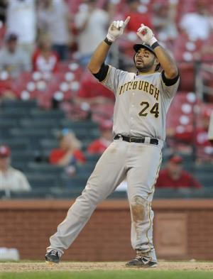 Alvarez HR in 19th inning sends Pirates over Cards