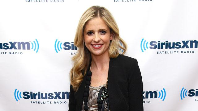 Sarah Michelle Gellar Gives Birth