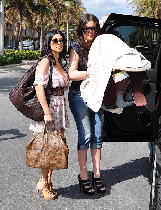Kardashian Kourtney Khloe Miami