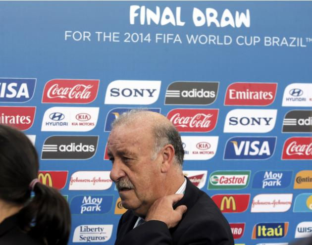 Spain's coach Vicente del Bosque arrives for the draw for the 2014 World Cup at the Costa do Sauipe resort in Sao Joao da Mata