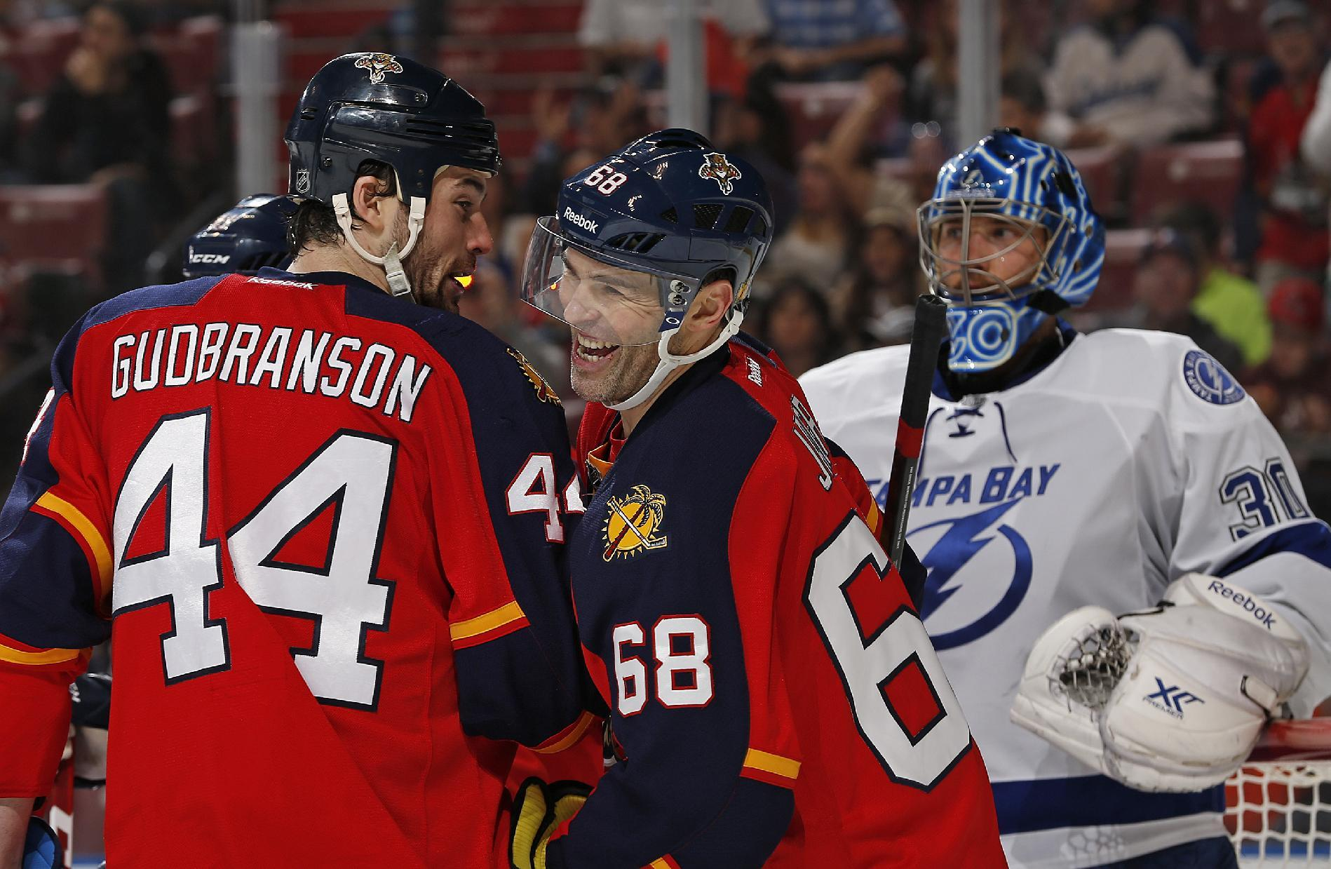 Jagr helps Panthers edge Lightning 4-3