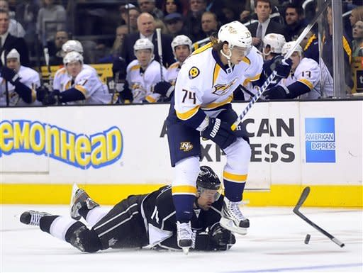 Kings ride 3-goal 3rd period to 4-2 win over Preds
