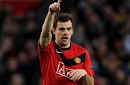 Official: Everton complete signing of Manchester United midfielder Darron Gibson