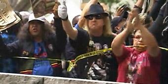 Crowds scream as Murray verdict is read (AP)