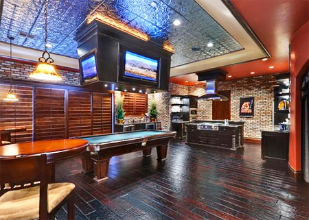 Ultimate man caves dallas cowboys forum cowboyszone four ceiling mounted tvs offer a 360 degree view of the game and the hardwood floors full bar bar tables and a pool table complete the pub ambiance watchthetrailerfo
