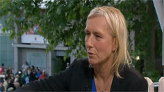 Navratilova on semis