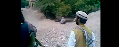 http://l.yimg.com/dh/ap/default/120708/afghan_execution.jpg
