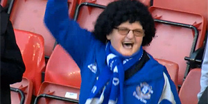 Everton fan in a wig