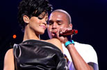 Rihanna y Chris Brown/ Getty Images
