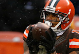 After Cody Kessler fumbles, Browns use Terrelle Pryor at QB