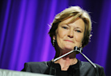 Tennessee football to honor Pat Summitt with helmet sticker