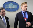 Conan O&#39;Brien is escorted by Fox News correspondent Ed Henry as he tours the White House, in Washington