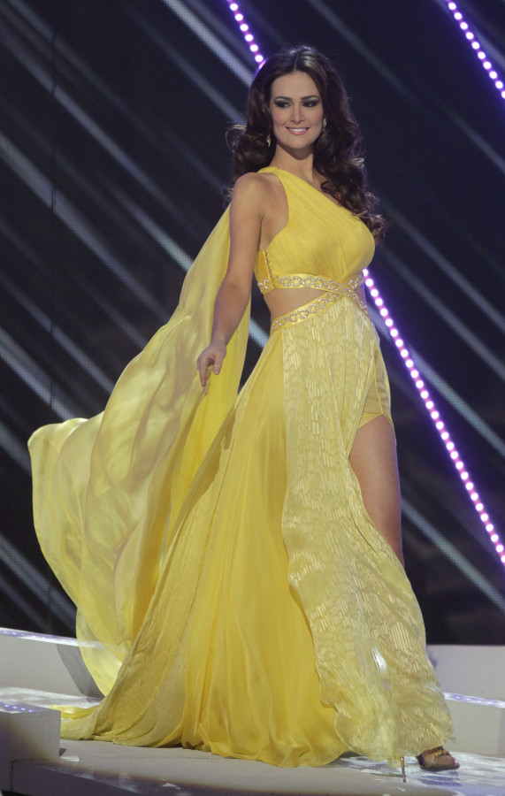 Miss Universe 2011 Gown in review