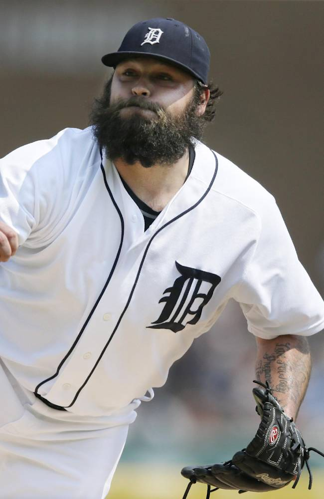 Chamberlain's arm and beard fitting in with Tigers