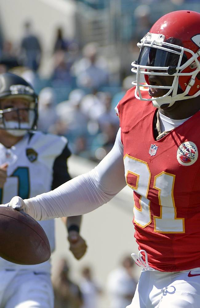 Chiefs' Houston learning from Hali how to rush