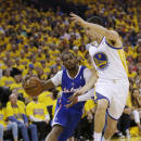 Los Angeles Clippers' Chris Paul drives to the basket as Golden State Warriors' Klay Thompson (11) defends during the first half in Game 3 of an opening-round NBA basketball playoff series, Thursday, April 24, 2014, in Oakland, Calif. (AP Photo/Marcio Jose Sanchez)