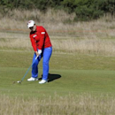 South Korea's Inbee Park plays her approach shot to the 16th hole during the Women's British Open golf championship at St Andrews in Scotland August 2, 2013. REUTERS/Russell Cheyne