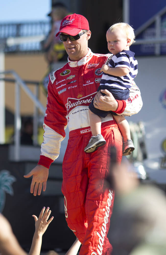 Harvick closes out RCR run with 10th-place finish