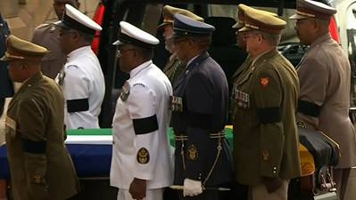 Raw: Mandela's Body Brought to Pretoria