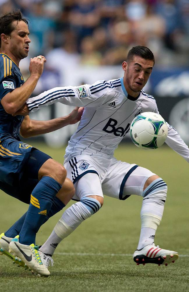 Donovan's early goal lifts Galaxy past Whitecaps