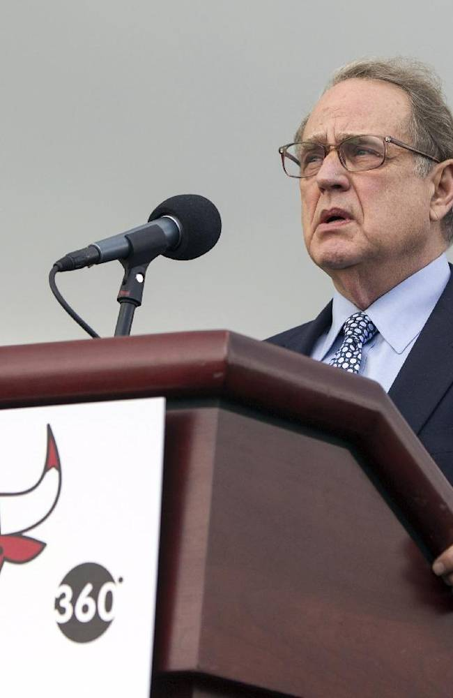 White Sox: Reinsdorf hospitalized in Cooperstown