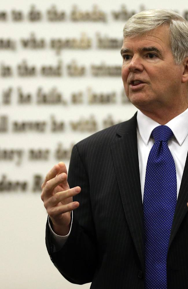 Emmert says NCAA will appeal O'Bannon ruling