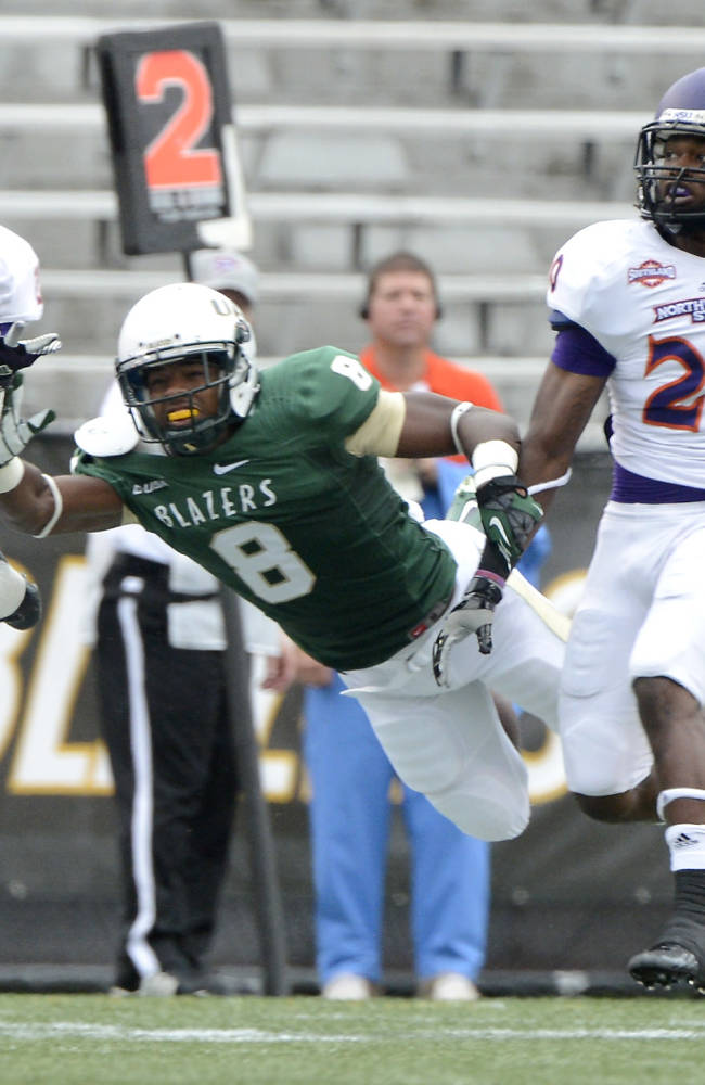 UAB seals a 52-28 victory over Northwestern St