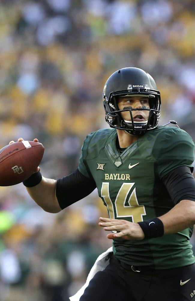 Baylor QB Petty plans to play with cracked bones