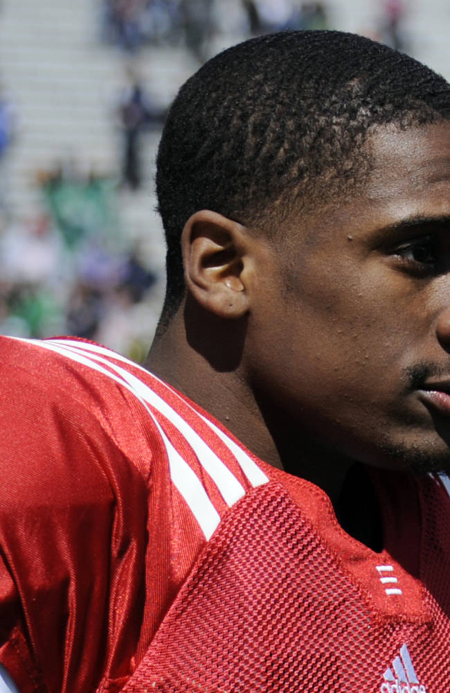 Notre Dame QB Golson seeks readmission to school
