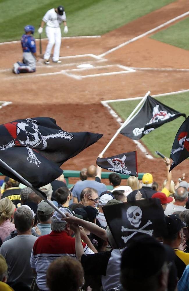 Pittsburgh Pirates fans wave