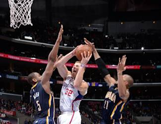 LOS ANGELES, CA - DECEMBER 17: Blake Griffin #32 of the Los Angeles Clippers goes up for a shot against the Indiana Pacers on December 9, 2014 at STAPLES Center in Los Angeles, California. (Photo by Andrew D. Bernstein/NBAE via Getty Images)