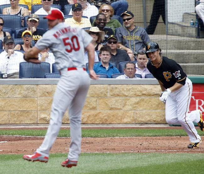 Long Davis homer lifts Pirates over Cardinals 3-1