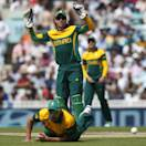 South Africa's AB de Villiers, center top, reacts to their missed chance to catch out England's Ian Bell during their ICC Champions Trophy semifinal cricket match at the Oval cricket ground in London, Wednesday, June 19, 2013. (AP Photo/Sang Tan)